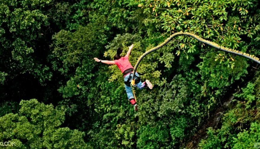 Lady Enjoy_Bungee Jumping in Pokhara_Nepal